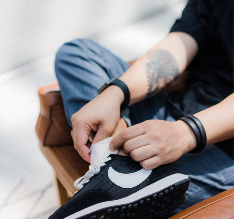 Men's Smart Casual Sneakers that are office-approved