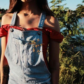 How to Master Dungarees for Every Season of the Year
