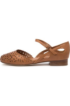 I LOVE BILLY Arigas Il Tan Shoes Womens Shoes Casual Flat Shoes