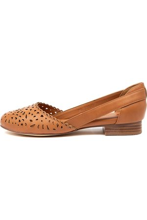 I LOVE BILLY Alkoxy Il Tan Shoes Womens Shoes Casual Flat Shoes