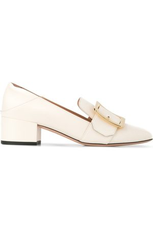Bally Buckle detail pumps