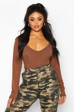 Boohoo Women Bodies - Plus Basic Plunge Rib Bodysuit