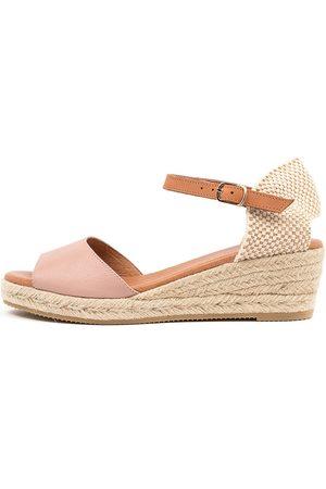 Django & Juliette Suzy Dj Rose Lt Tan Sandals Womens Shoes Casual Heeled Sandals