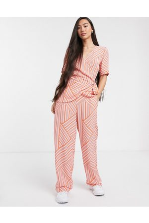 Soaked In Luxury mismatch stripe coord pants-Pink