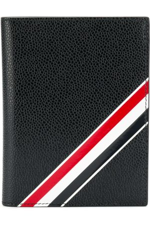 Thom Browne Diagonal Intarsia Stripe Passport Holder In Pebble Grain Leather