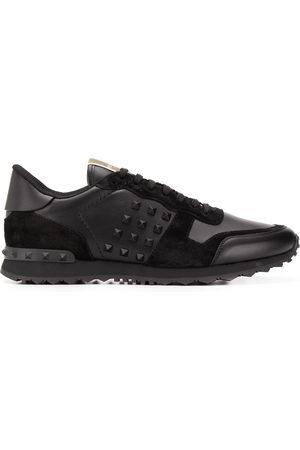 VALENTINO GARAVANI Men Sneakers - Rockstud low-top sneakers