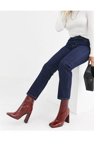 Topshop Editor straight leg jeans in dark wash-Blue