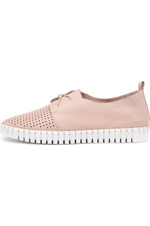 Django & Juliette Women Casual Shoes - Huston Rose Sole Sneakers Womens Shoes Casual Casual Sneakers