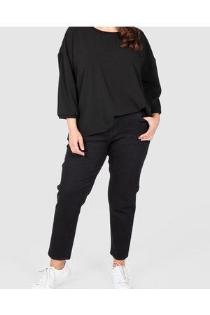 Love Your Wardrobe Ankle Grazer Stretch Jeans - Crop Ankle Grazer Stretch Jeans