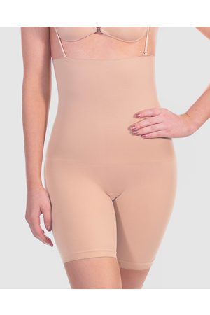 B Free Power Shaping Stay Up Shorts - Lingerie Accessories (Nude) Power Shaping Stay Up Shorts