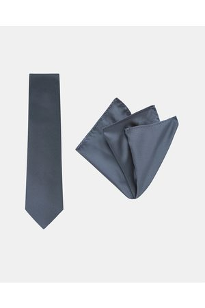 Buckle Pinstripe Tie & Pocket Square Set - Ties (Navy) Pinstripe Tie & Pocket Square Set