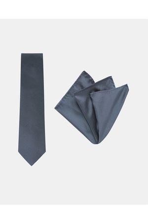 Buckle Pinstripe Tie & Pocket Square Set - Ties (Navy) Pinstripe Tie & Pocket Square Set