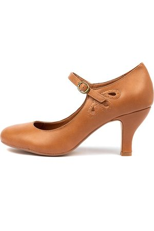 I LOVE BILLY Mendy Tan Shoes Womens Shoes Dress Heeled Shoes