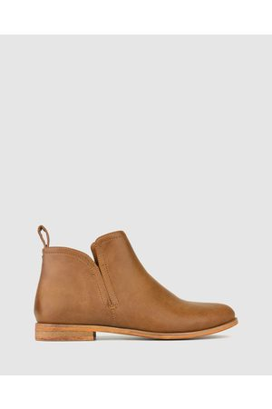 Betts Excite Flat Ankle Boots - Boots (Tan) Excite Flat Ankle Boots