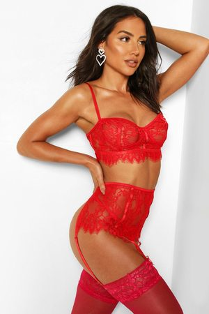 Boohoo Women Lingerie Thongs - Lace Bralette Thong And Suspender Set