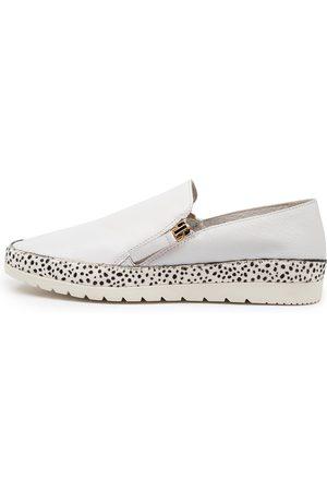 Diana Ferrari Ashli Df Speckle Shoes Womens Shoes Casual Flat Shoes