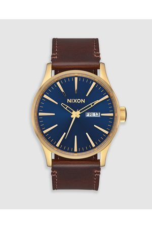 Nixon Men Watches - The Sentry Leather - Watches (Polished & Navy Sunray) The Sentry Leather