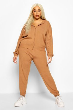 Boohoo Plus Zip Through Knitted Lounge Set- toffee