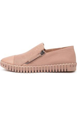 Django & Juliette Hung Warm Rose Rose Sole Shoes Womens Shoes Flat Shoes