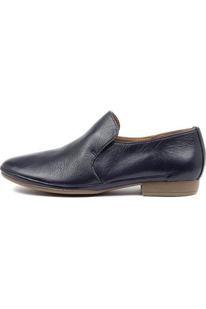 Diana Ferrari Ooma Df Navy Shoes Womens Shoes Casual Flat Shoes