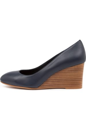 Top end Melvina Navy Shoes Womens Shoes Casual Heeled Shoes