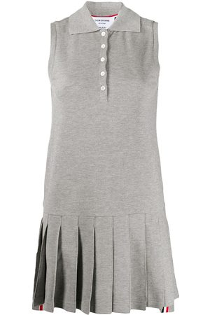 Thom Browne CLASSIC PIQUE SLEEVELESS PLEATED TENIS DRESS