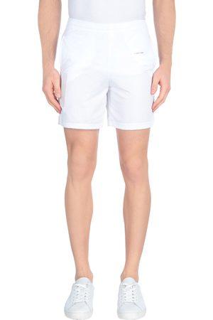 OFF-WHITE ™ Bermudas