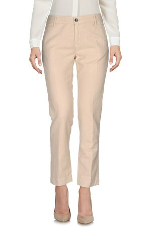 FRED PERRY Women Chinos - Casual pants