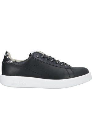 Diadora Women Sneakers - Low-tops & sneakers