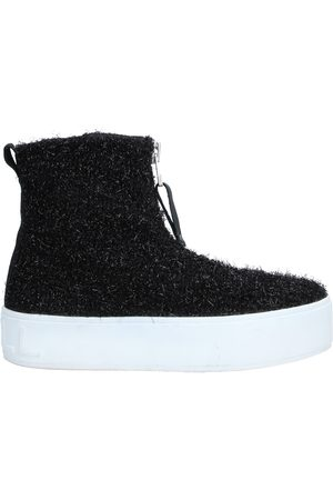 APEPAZZA SPORT High-tops & sneakers