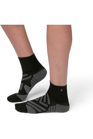On Running Women Underwear - On Womens Running Mid Socks - /Shadow