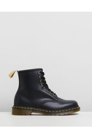 Dr. Martens Unisex Vegan 1460 8 Eye Boots - Boots ( Felix Rub Off) Unisex Vegan 1460 8-Eye Boots