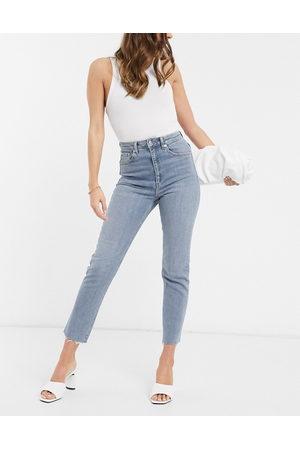 ASOS High rise farleigh 'slim' mom jeans in lightwash-Blue