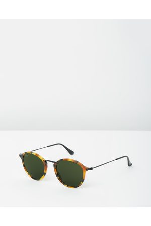 Ray-Ban Round Fleck RB2447 - Sunglasses (Spotted Havana) Round Fleck RB2447