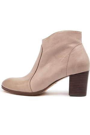 Diana Ferrari Dabilo Df Taupe Boots Womens Shoes Casual Ankle Boots