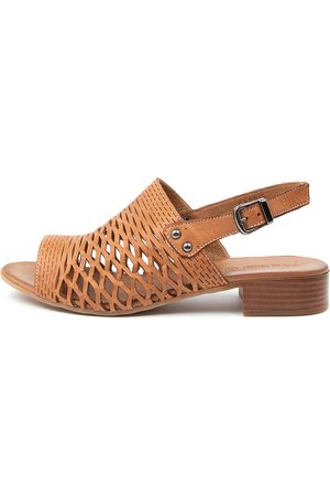 Diana Ferrari Capris Df Tan Sandals Womens Shoes Casual Heeled Sandals