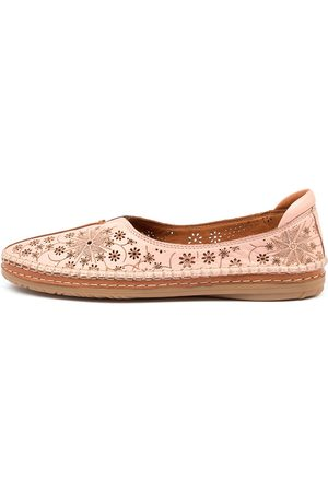 Diana Ferrari Fizza Df Blush Shoes Womens Shoes Casual Flat Shoes