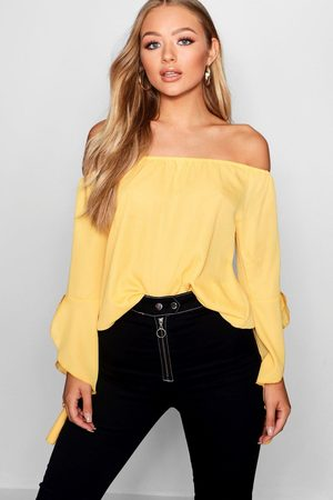 Boohoo Women Strapless Tops - Fluted Frill Sleeve Off The Shoulder Top