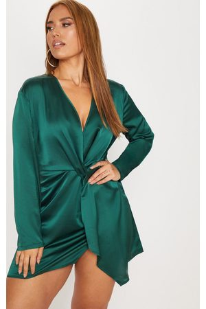 PRETTYLITTLETHING Plus Emerald Satin Long Sleeve Wrap Dress
