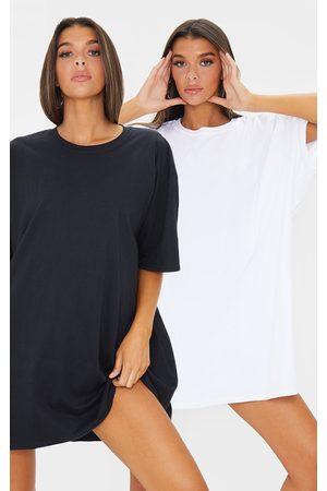 PRETTYLITTLETHING & White 2 Pack T Shirt Dresses