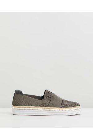 Verali Queen - Slip-On Sneakers (Khaki) Queen