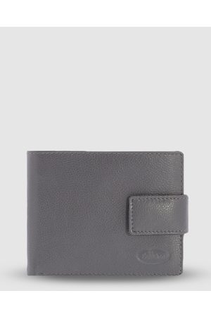 Cobb & Co Jones RFID Safe Leather Wallet - Wallets Jones RFID Safe Leather Wallet
