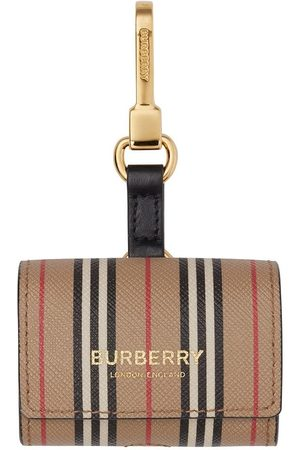 Burberry Icon stripe AirPod Pro case