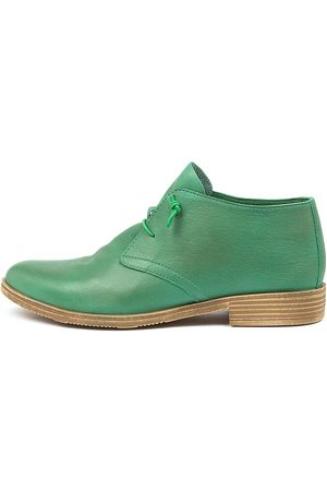 Django & Juliette Karaf Emerald Shoes Womens Shoes Casual Flat Shoes