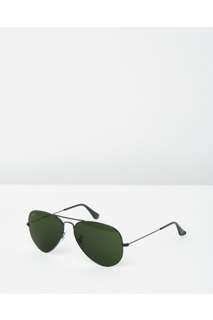 Ray-Ban Aviator Classic RB3025 - Sunglasses (Solid Colour ) Aviator Classic RB3025