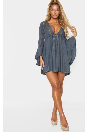 PRETTYLITTLETHING Women Beach Dresses - Tie Front Frill Sleeve Beach Dress
