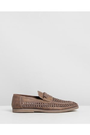Tarocash Harry Slip On Shoes - Dress Shoes (TAN) Harry Slip-On Shoes