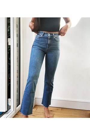 ASOS Women Bootcut & Flares - ASOS DESIGN Tall high rise stretch 'effortless' crop kick flare jeans in midwash-Blue