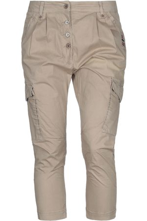 Napapijri 3/4-length shorts
