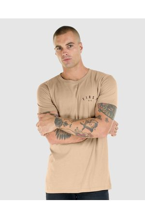 First Division Core Crest Tee - T-Shirts & Singlets (CAMEL) Core Crest Tee